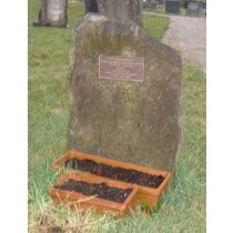 PJ06 - PJ06 - We can supply a bronze plaque to either fix on your own stone or supply a stone and fix the plaque to it.  Bespoke Headstones, Lawn Memorials.  Bespoke Headstones, Lawn Memorials